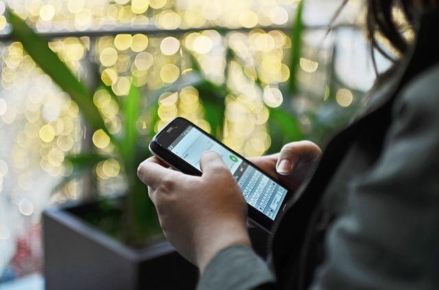 Whatsapp es el mayor transmisor de bulos en los teléfonos